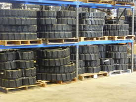Hyundai R15-28,R35,R55,R75 Excavator Rubber Tracks - picture4' - Click to enlarge
