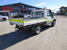 2010 Toyota Landcruiser Workmate (VDJ79R) V8 4x4 Tray Back Utility - In Auction - picture4' - Click to enlarge