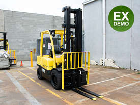 Ex Demo - 3.5T Counterbalance Forklift - picture2' - Click to enlarge