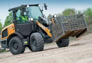 CASE 121F COMPACT WHEEL LOADERS