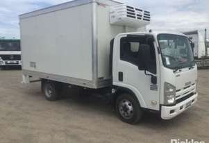 Isuzu 2010   NPR 400 Medium