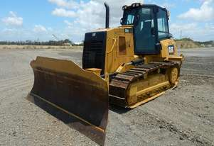 CAT D6K-2 6 Way PAT Blade c/w 3 Shank Ripper