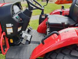 TYM T413 TRACTOR - picture3' - Click to enlarge