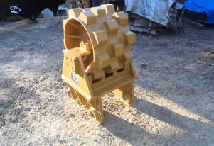 Caterpillar DG Compaction Wheel Drum Type