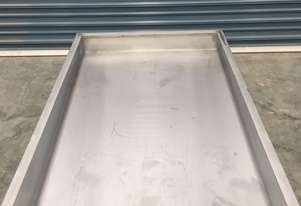 Cheese Draining And Mould Filling Table