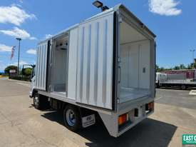 2018 HYUNDAI EX4 SWB Refrigerated Truck Freezer  - picture1' - Click to enlarge
