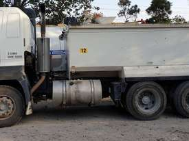 2007 Hino Steel Body Tandem Tipper Truck.  E.M.U.S. TS505 - picture1' - Click to enlarge