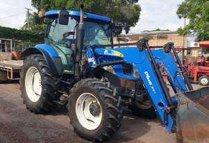 New Holland T6020 Elite Cab tractor with 4in1 loader