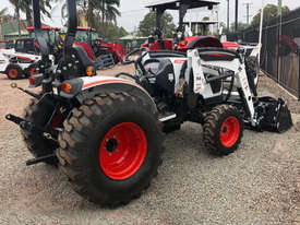 Bobcat CT2040 Tractor - picture3' - Click to enlarge