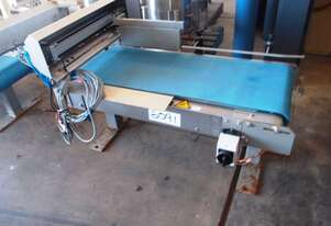 Flat Belt Conveyor, 1150mm L x 430mm W x 400mm H
