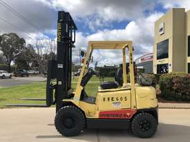 Hyster H2.50DX - 2.5 Ton LPG - 4300mm 2 Stage Mast - picture0' - Click to enlarge