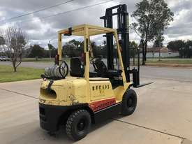 Hyster H2.50DX - 2.5 Ton LPG - 4300mm 2 Stage Mast - picture2' - Click to enlarge