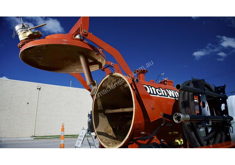 Ditch Witch FX30-800 gallon