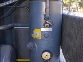 AS 36 7.5bar screw compressor 22kw 125 CFM - picture9' - Click to enlarge