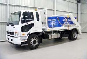 Fuso Fighter 1627 Hooklift/Bi Fold Truck