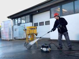 NEW Industrial Gerni Blue Pressure Cleaner (SC UNO 4M 140/620 PS) Alpha Booster 3-26 - picture0' - Click to enlarge