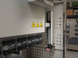 HACO Euromaster-S 30150 High Speed Pressbrake - picture4' - Click to enlarge