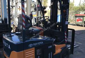 TOYOTA 7FBE18 ELECTRIC FORKLIFT 4.3M NEW BATTERY