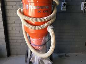 INDUSTRIAL VACUUM CLEANER $250 p/d - picture0' - Click to enlarge