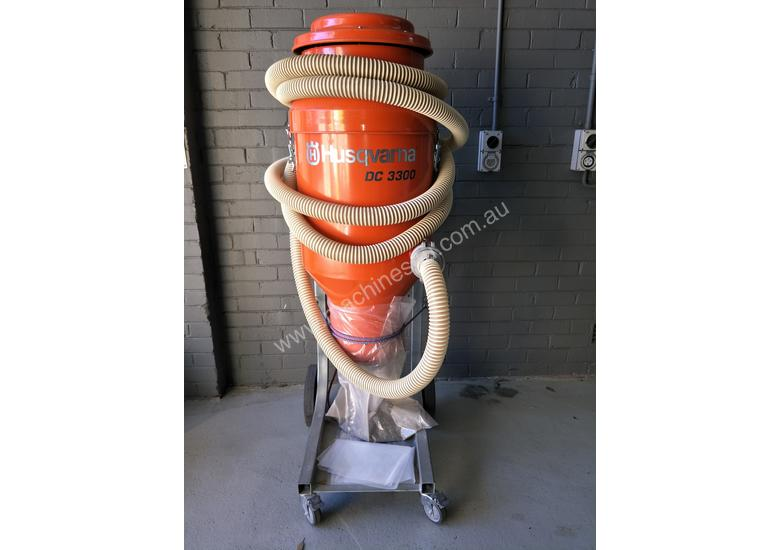 INDUSTRIAL VACUUM CLEANER $250 P/d