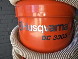 INDUSTRIAL VACUUM CLEANER $250 p/d - picture2' - Click to enlarge