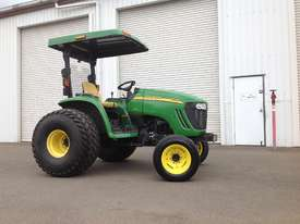 John Deere 4720 Tractor 4WD eHydro - picture1' - Click to enlarge