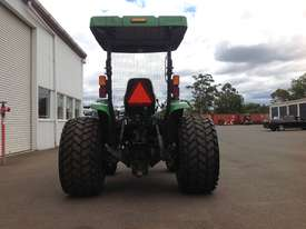 John Deere 4720 Tractor 4WD eHydro - picture4' - Click to enlarge