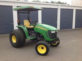 John Deere 4720 Tractor 4WD eHydro - picture6' - Click to enlarge