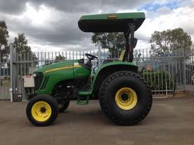John Deere 4720 Tractor 4WD eHydro - picture8' - Click to enlarge