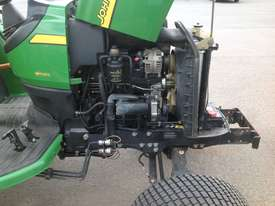John Deere 4720 Tractor 4WD eHydro - picture12' - Click to enlarge