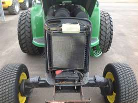 John Deere 4720 Tractor 4WD eHydro - picture15' - Click to enlarge