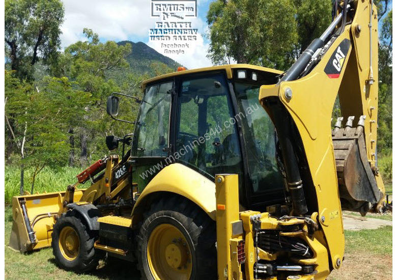 CAT 428F Backhoe with only 300hrs.  E.M.U.S MS349D