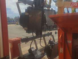 JLG Lighting towers - picture1' - Click to enlarge