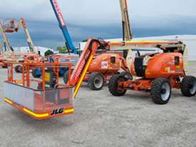 2010 JLG 600AJ Articulating Boom Lift - picture1' - Click to enlarge