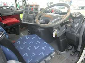 Iveco Powerstar 450 Tipper Truck - picture10' - Click to enlarge