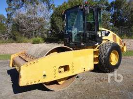 CATERPILLAR CS76 Vibratory Roller - picture0' - Click to enlarge