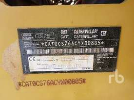 CATERPILLAR CS76 Vibratory Roller - picture4' - Click to enlarge