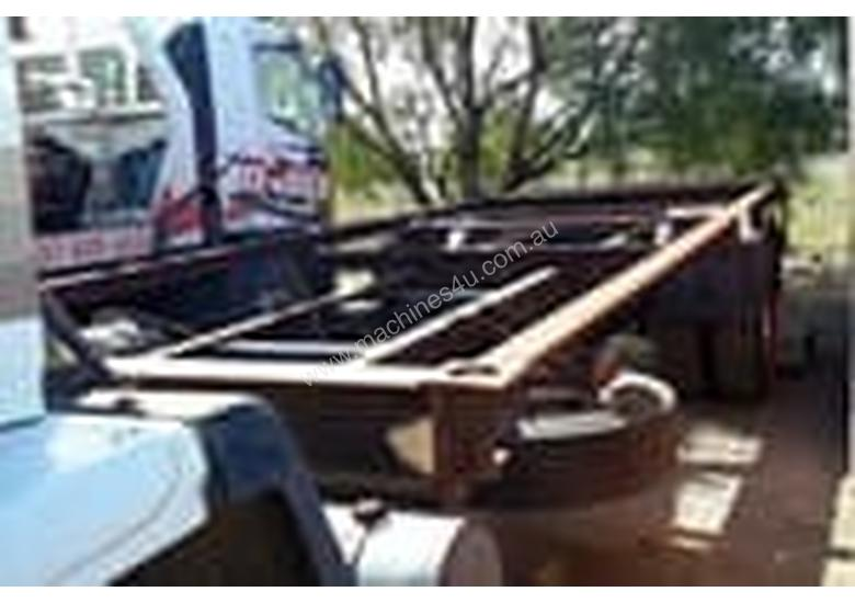 Ford Cargo 1518 Cab chassis Truck