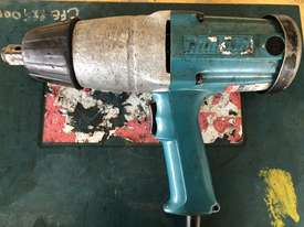 Makita Impact Gun - picture0' - Click to enlarge