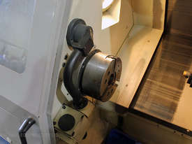 Daewoo Lynx 200B CNC lathe & Iemca V-66LE Barfeed - picture3' - Click to enlarge