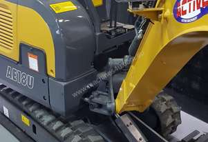 EXCAVATOR WITH HYD QUICK HITCH, EXPANDABLE TRACKS AND EXPANDABLE DOZER BLADE