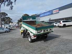Hino 616 - 300 Series Tipper Truck - picture7' - Click to enlarge