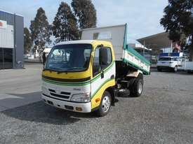 Hino 616 - 300 Series Tipper Truck - picture17' - Click to enlarge