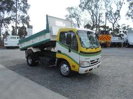Hino 616 - 300 Series Tipper Truck - picture0' - Click to enlarge