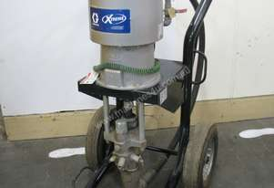 56:1 Graco King Xtreme 900 Airless Sprayer 220cm3
