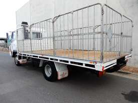 Mitsubishi FK415 Stock/Cattle crate Truck - picture2' - Click to enlarge