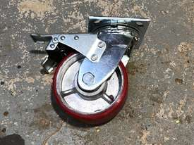 Four (4) 125mm Ball Bearing Industrial Swivel Casters with brakes - picture0' - Click to enlarge