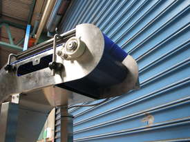 Stainless Steel Elevator Conveyor - 2.2m high - picture4' - Click to enlarge