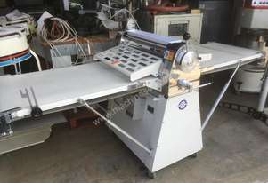 PASTRY (DOUGH) SHEETER (CARLYLE)