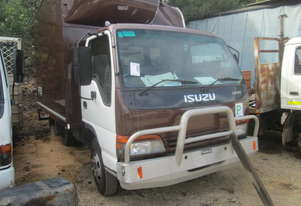 2002 Isuzu NPR66 - Wrecking - Stock ID 1528